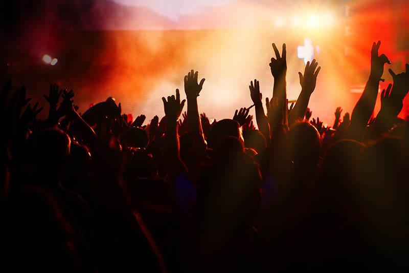Nachtleben München Nachtclub Blitz tanzende Menge